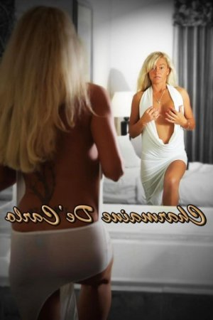 Sayaline thai massage, escorts
